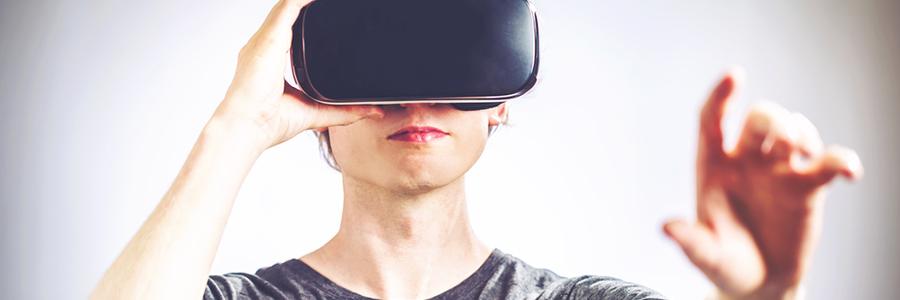 VRはデジタルな世界を作り上げる「仮想現実」