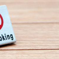飲食店の「全面禁煙」で集客は伸びる? 伸びない?