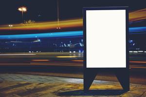 集客効果が上がる! デジタルサイネージを導入する4つのメリット