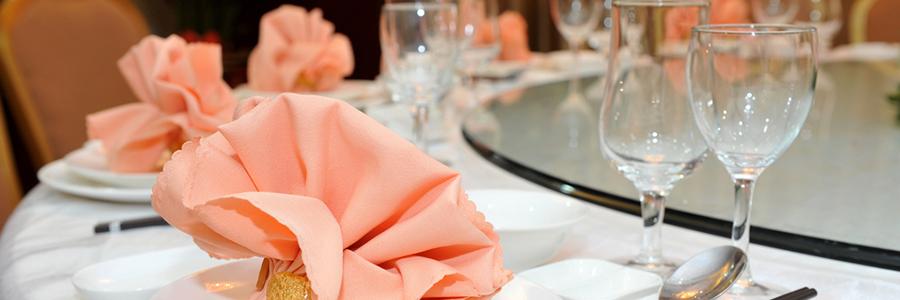 結婚式をさらに盛り上げるデジタルサイネージ活用法